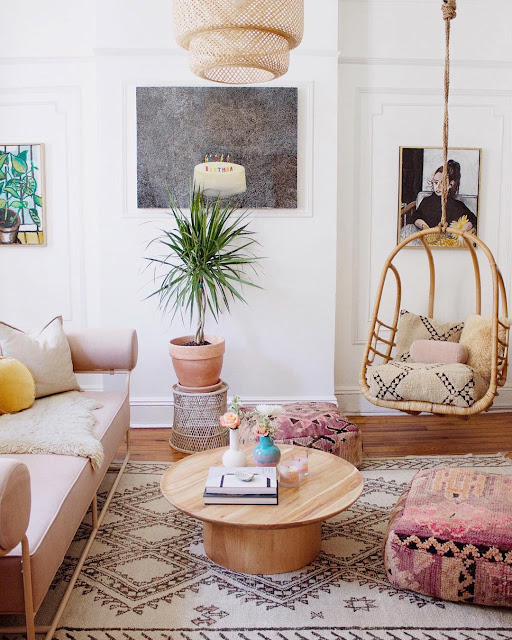 Eclectic home, pretty in pink