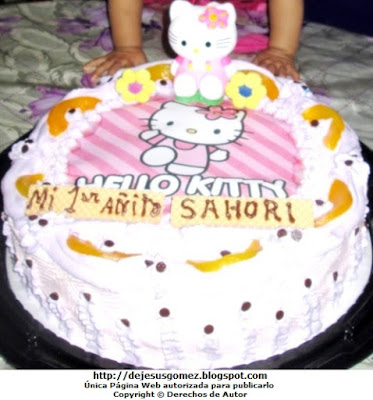 Torta para niña de Hello Kittypara 1 añito. Foto de torta tomada por Jesus Gómez