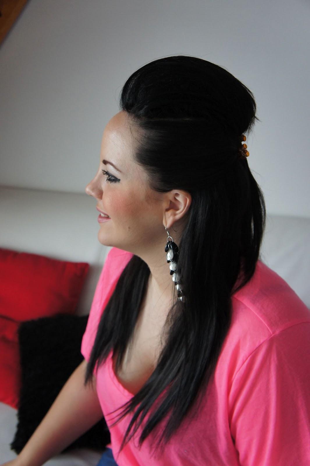 belle coupe de cheveux long femme avantage pour le metier. Black Bedroom Furniture Sets. Home Design Ideas