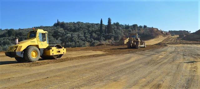 """ΣΥΡΙΖΑ Ηλείας: Ορίστε το έργο που… """"δεν έχει ξεκινήσει""""! - Το εργοτάξιο της εταιρίας ΙΝΤΡΑΚΑΤ στην περιοχή της Αμαλιάδας, όπου κατασκευάζεται ο αυτοκινητόδρομος Πάτρας - Πύργου (photos)"""