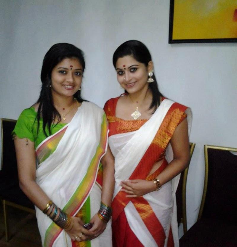 Tamil Pundai Mallu Hot Photos Aunty Photo