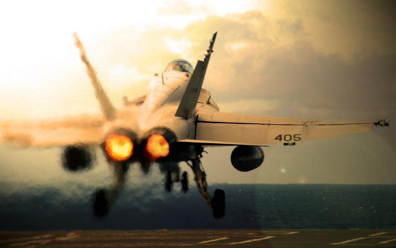 hornet drama...F 18 Wallpaper