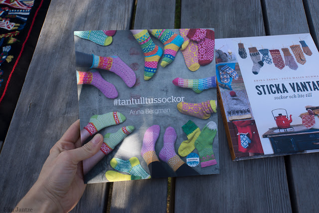 Tantulltuss sockbok och Erika Åbergs nya bok Sticka vantar, sockor och lite till
