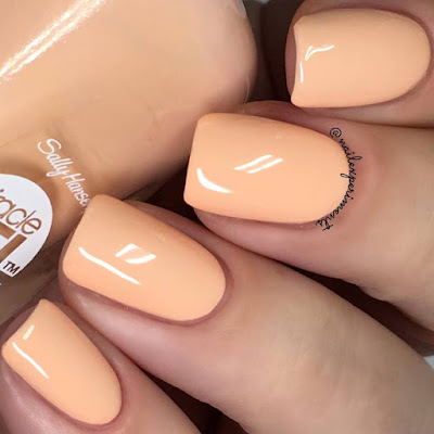 Sally Hansen Miracle Gel Sweet Tea swatch Travel in Colour collection