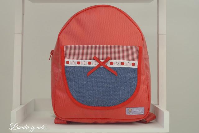 mochila cole roja