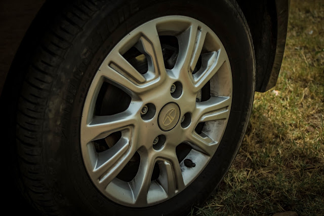 Tata Tiago XZA Alloy wheels