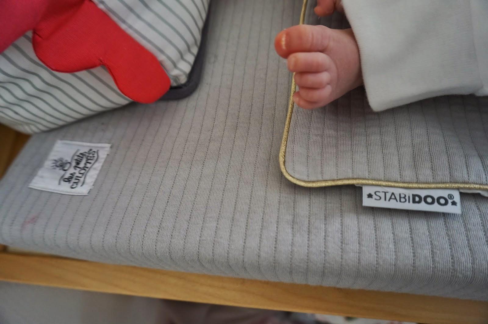 marvelous comment nettoyer un matelas avec du pipi 8 dsc02715 jpg. Black Bedroom Furniture Sets. Home Design Ideas