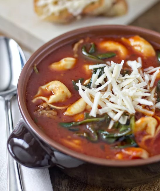 Tortellini Soup with Italian Sausage & Spinach #easyrecipe #soup