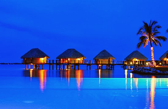 Manihi-Pearl-Beach-Resort-French-Polynesia-Infinity-Pool