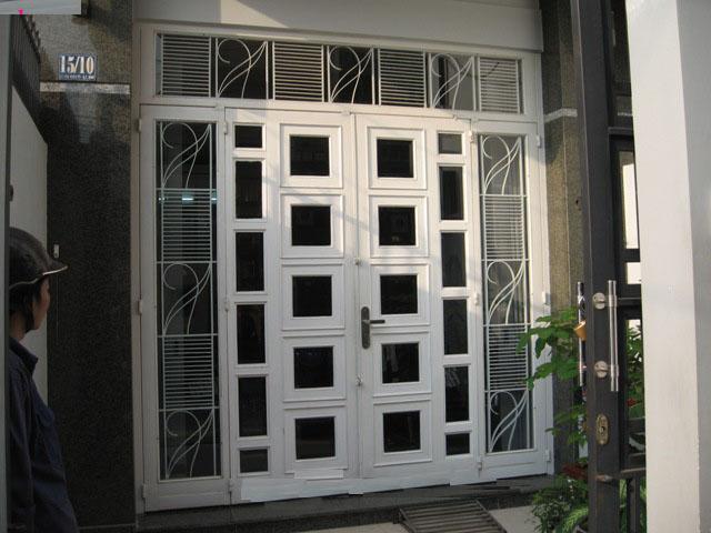 cửa sắt hộp sơn tĩnh điện