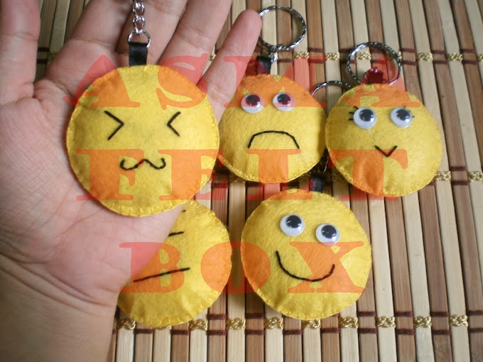 Mr Smiley dan HP Pouch macam2 design...