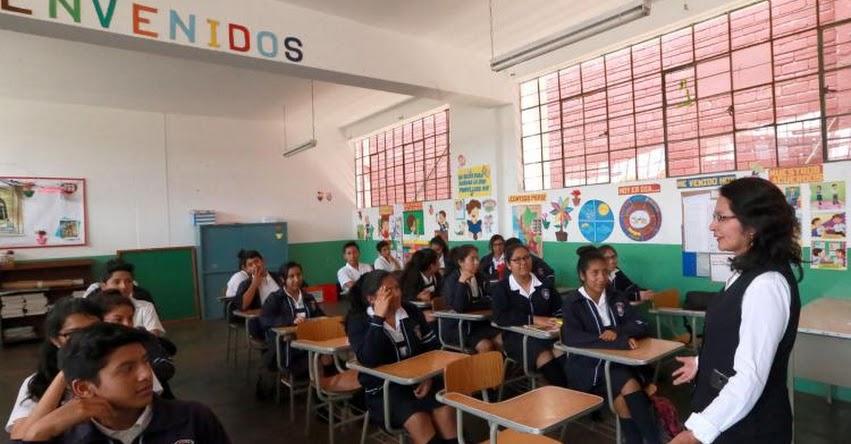 Sector Educación cuenta con el 17.5% en el Presupuesto Público 2018 (LEY Nº 30693)