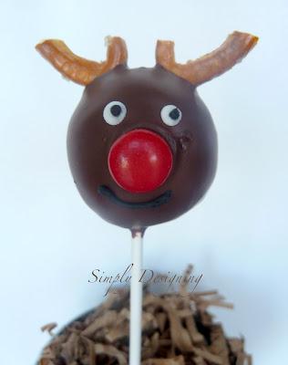 reindeer donut pops 02a Donut Hole Reindeer Pops 33