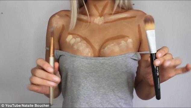 Aumentar el pecho con maquillaje