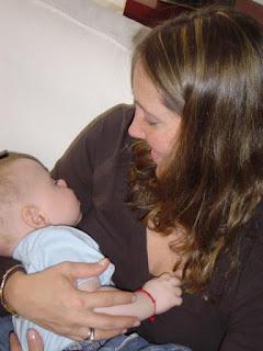 """Alt=""""Mitos sobre la lactancia materna"""""""