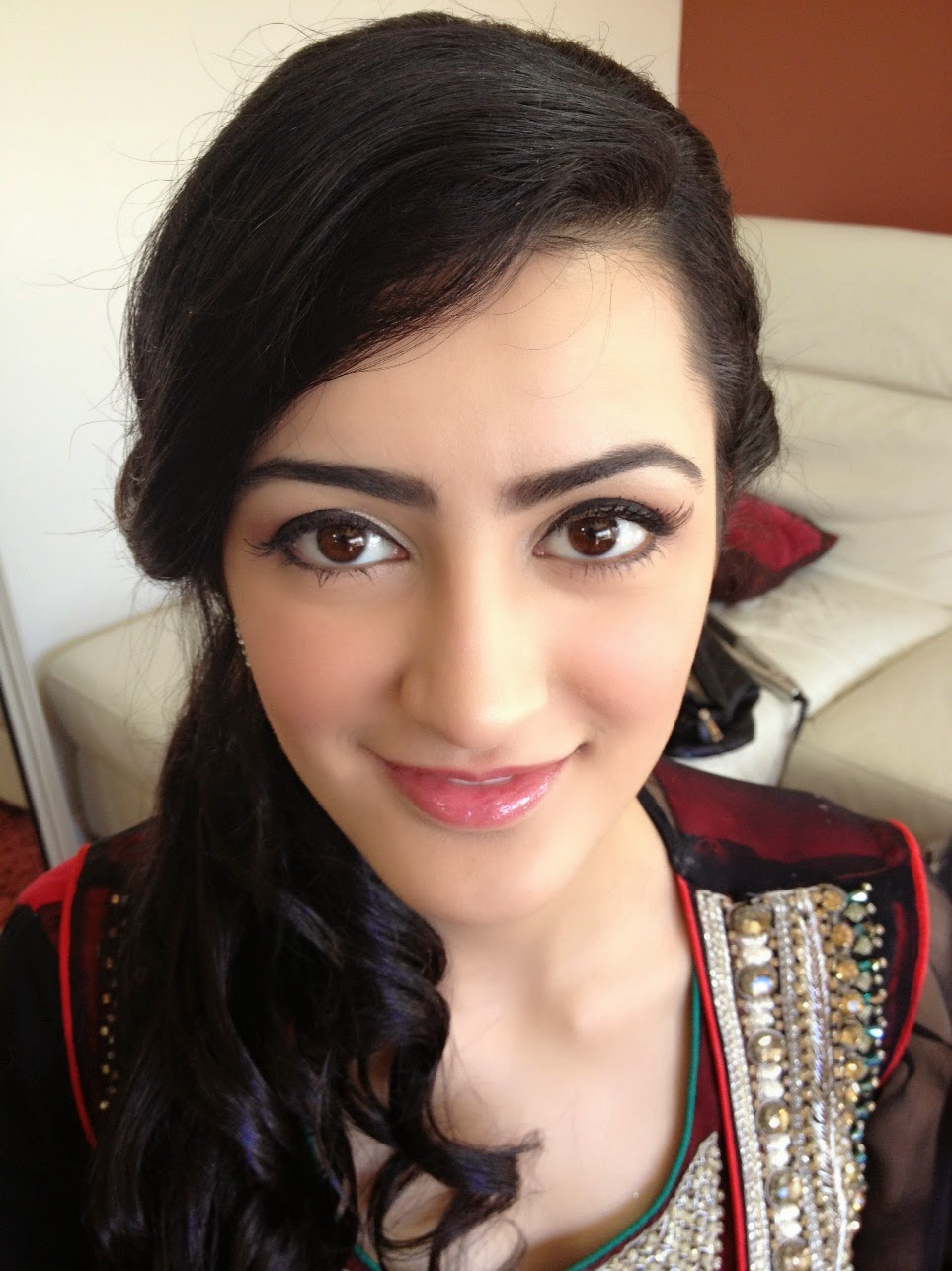 how to look middle eastern with makeup