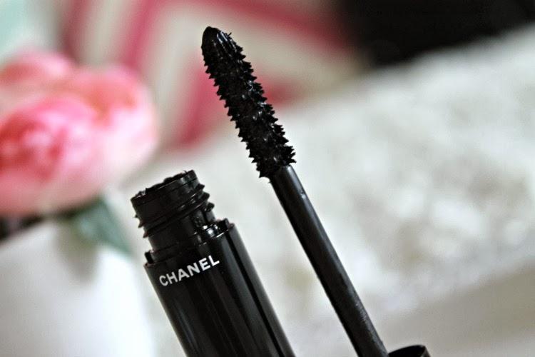 """Chanel Le Volume De Chanel Mascara"" Product Review"