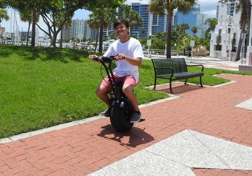 Tinuku Uno Bolt electric unicycle gyro force technology