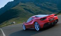 2016 Model Ferrari 488 GTB Resimleri