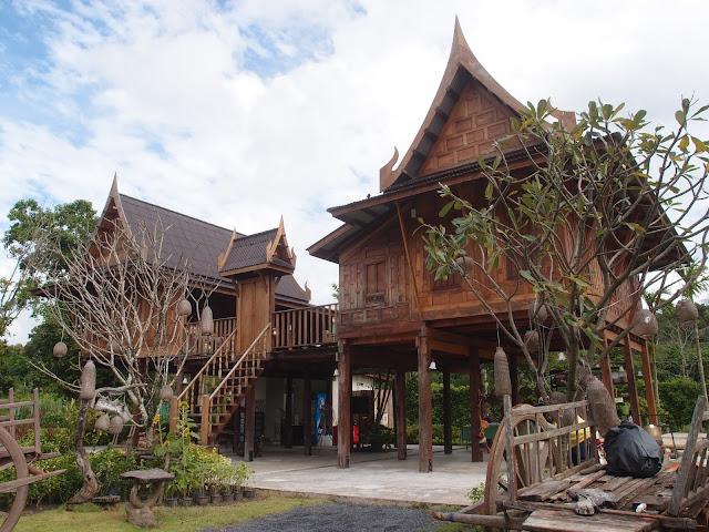 traditional thai house
