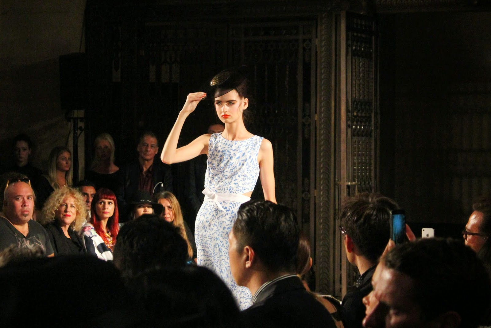london-fashion-week-2014-lfw-spring-summer-2015-blogger-fashion-freemasons hall-fashion-scout-ashley-isham-catwalk-models-top-skirt