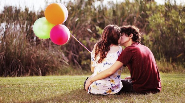Romantic Wallpapers HD Cute Couple Kiss