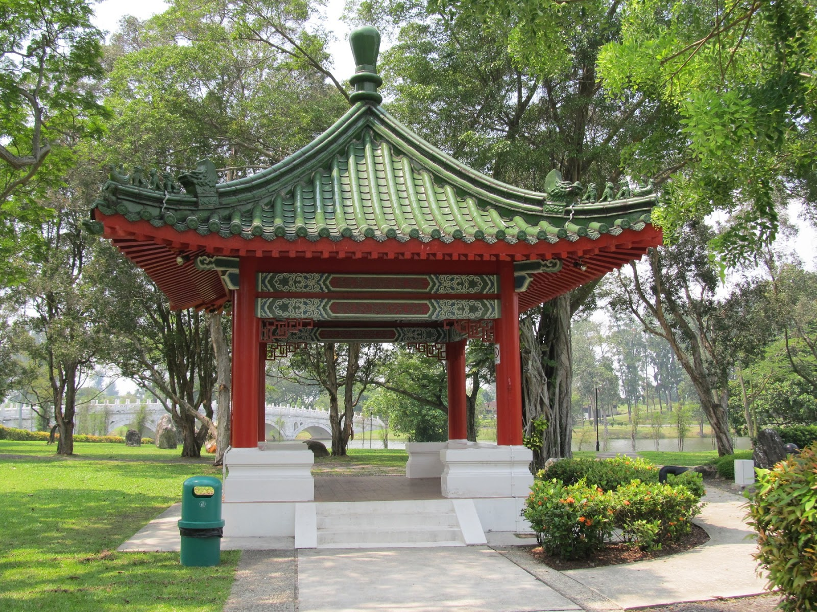 ... The Typical Chinese Style. The Main Arch Building Is Picturesque And  Has Two Courtyards. The Bridge In The Garden Is Designed After The Famous  ...