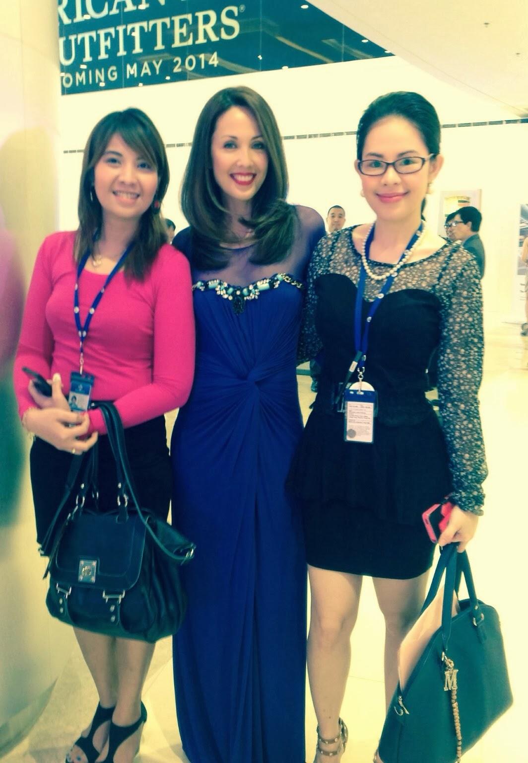 The Mega Fashion Hall Inauguration mary-the-host