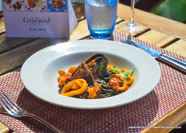 black spaghetti at GourMed Brunch The Cove Rotana