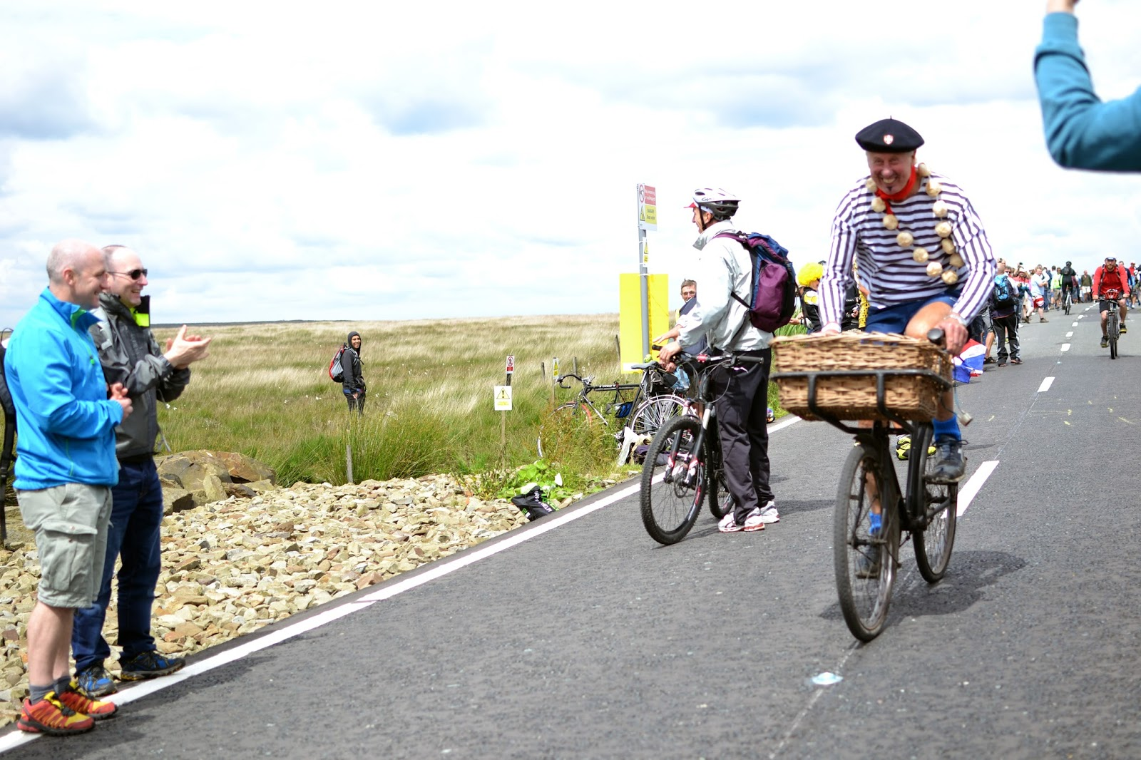 garlic, stripy top t-shirt, caravan, le tour de france, le tour, the tour de france, team sky, peloton, yorkshire, lancashire, tour de yorkshire, blackstone edge, cycling, velo, littleborough, greater manchester, rochdale, cragg vale, north west, TDF, 2014, bikes, photography, sport, athletes, cyclists, uk, great Britain, united kingdom, france, french,