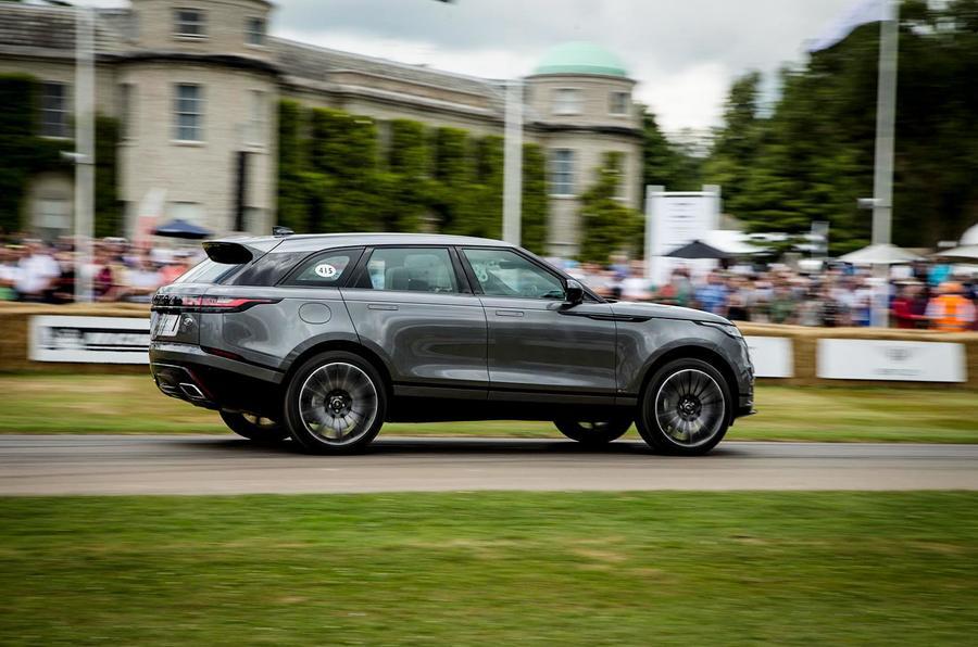 giá xe range rover velar 3.0 bản hse r-dynamic