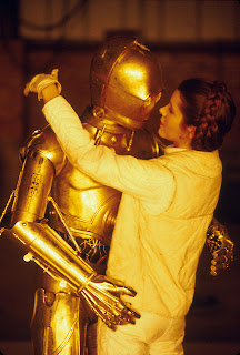 carrie fisher kissing c3p0