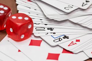 Oop pokerissa mika seurakunta