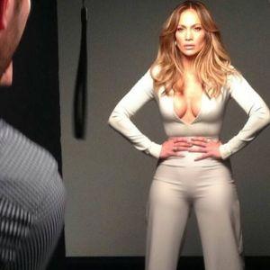 Foto Paha Mulus Jennifer Lopez