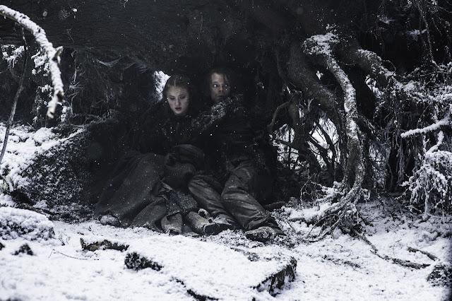 reek, theon, sansa, warm hug, season 6, game of thrones