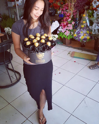 toko bunga mawar hitam surabaya, beli mawar hitam di surabaya, penjual mawar hitam di surabaya