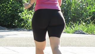 Amateur mature big ass lycra running