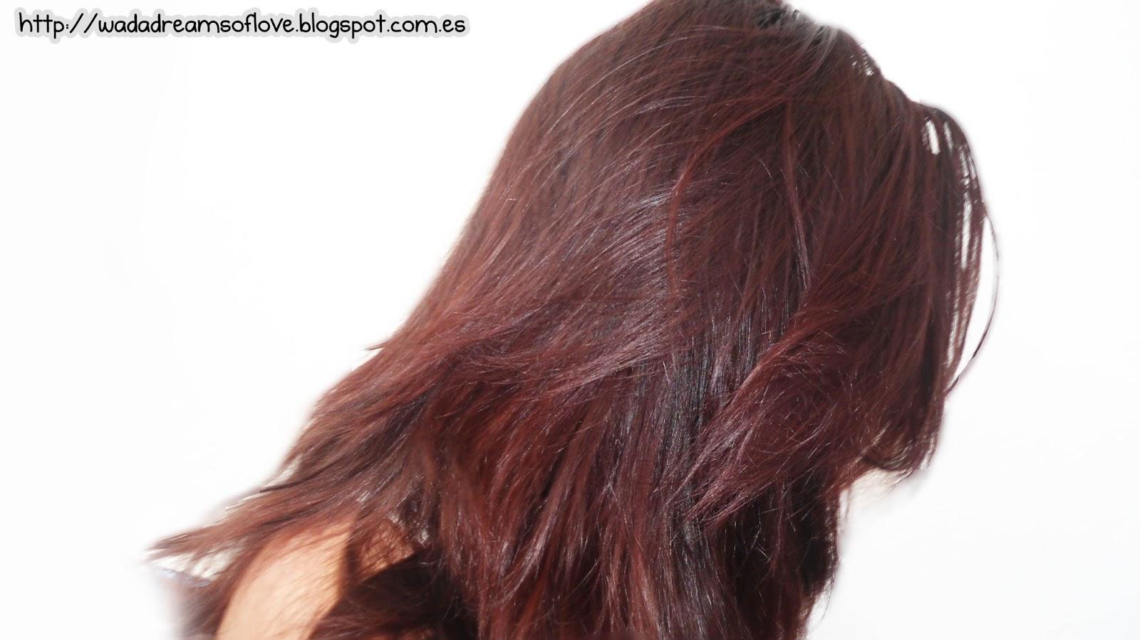 Secreción rojo oscuro de la vagina