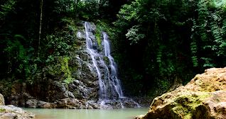 Waterfall Photo - Rio Viejo