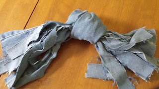 Image: Denim Knot Toy © Catherine Watt of PupVacay.com - All rights reserved