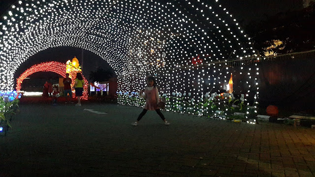 Festival of Light di Lenmarc Mall spot foto indah