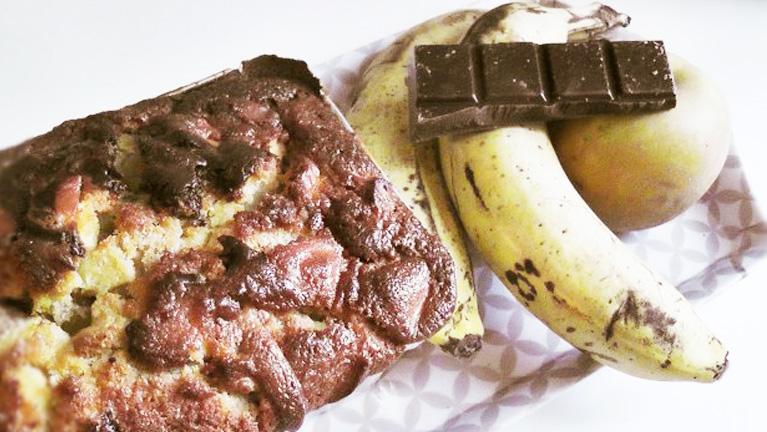 Cake marbré au chocolat à la banane et aux pommes