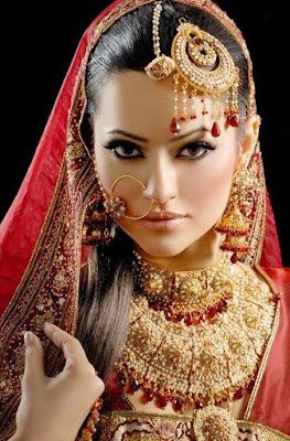 peinado de modelo india