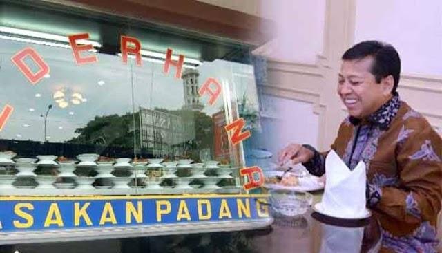 Breaking News: Katanya di Penjara? Novanto Tiba-Tiba Kepergok Makan Di Restoran Padang
