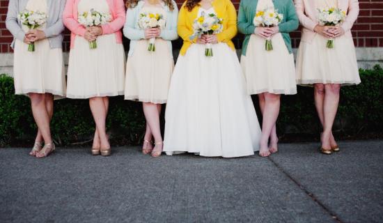 alternative alla stola per la sposa, brides and bridesmaids with cardigans