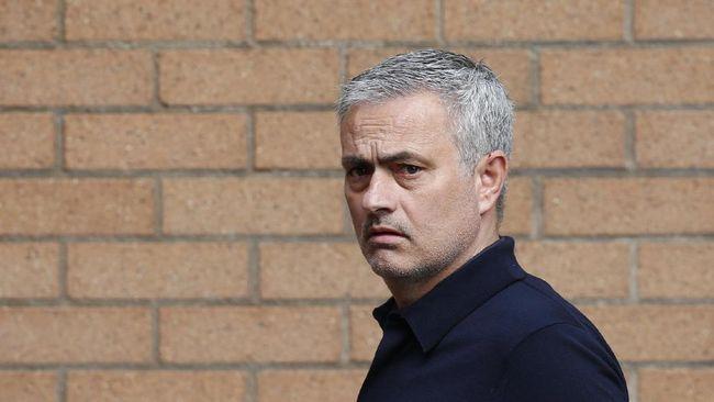 Mantan Presiden Real Madrid Mengatakan Madrid Akan Mendatangkan Mourinho 2019