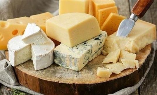 هذه الأنواع من الجبن تهدد الحوامل والأطفال