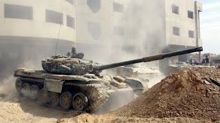 الأحد 4 ديسمبر/كانون الأول، بأن الجيش السوري تمكن من السيطرة على حي كرم الميسر شرق حلب، إثر اشتباكات عنيفة مع مجموعات مسلحة.