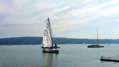 Starnberg posiada dużą przystań dla prywatnych żaglówek, jachtów i statków.