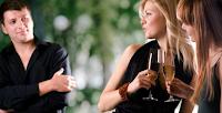 Αν θες να σε προσέξει μία γυναίκα… σου προτείνουμε 4 απλούς τρόπους!